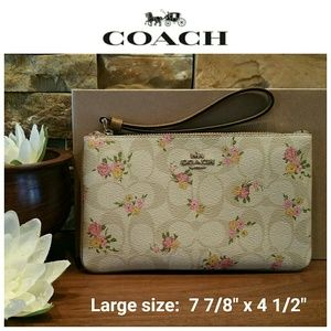 NEW Coach LARGE Wristlet, Light Khaki Multi w/box